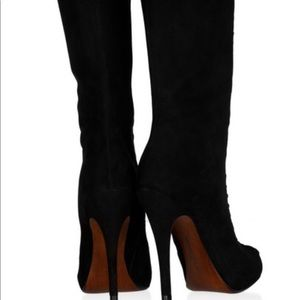 Beautiful winter suede boots!!!
